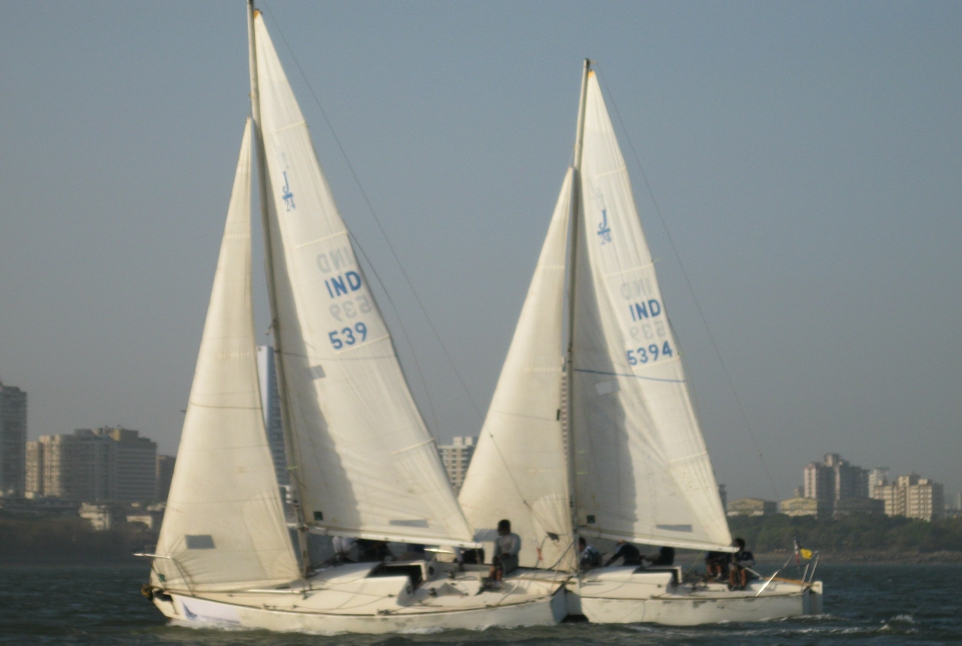 Ruthless Ayaz Blows Competition Out of the Water, Wins his First National Match Racing Title